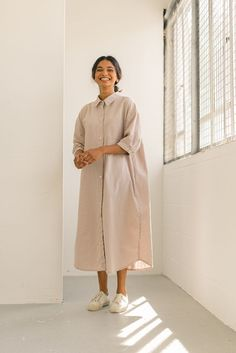 Casual Wear, Duster Coat, Fashion Dresses, Early Autumn, Normcore, Style Inspiration, Shirt Dress, Womens Fashion, Pink