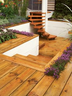 Lovely Recessed Decking Area, Steps, Plants