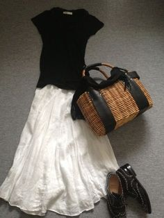 White skirt with black top.updated and fresh summmer look - straw tote Fashion Mode, Japan Fashion, Look Fashion, Womens Fashion, Classy Fashion, India Fashion, Fashion Black, 90s Fashion, Street Fashion