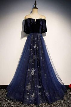 Blue Floral Print Tulle Long Satin V Neck Beaded Prom Dress, Formal . - Blue Floral Print Tulle Long Satin V Neck Beaded Prom Dress, Formal – Starry Night! Source by bestbargainfashion – Prom Dresses Blue, Pretty Dresses, Beautiful Dresses, Evening Dresses, Sexy Dresses, Prom Gowns, Summer Dresses, Wedding Dresses, Long Dresses