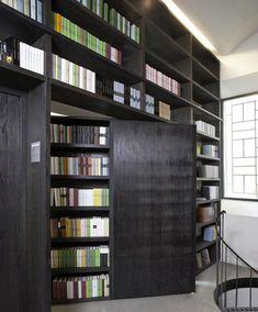 Home Library Bookcases Secret Rooms Ideas Hidden Spaces, Hidden Rooms, Cool Bookshelves, Bookshelf Door, Bookshelf Ideas, Bookshelf Styling, Bookshelf Design, Bookshelf Speakers, Book Shelves