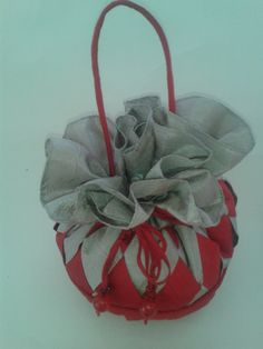 make your flower girl feel special with a handbag created by SHAVAR. weather it is your wedding day or simply attending a special event this bag