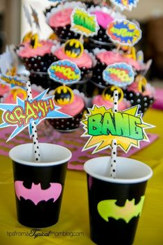 Looking for FREE Superhero printables? Planning a birthday party is so much fun and there are so many options, characters and color schemes that the sky's the l