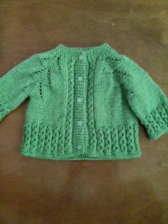 Baby Knitting Patterns, Knitting For Kids, Baby Patterns, Baby Sweaters, Kids And Parenting, Knitted Hats, Doll Clothes, Free Pattern, Baby Kids