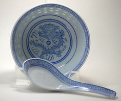 Chinese Dragon Blue/White Rice Grain Patterned Porcelain Soup Rice Bowl & Spoon
