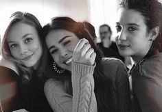 Image discovered by Aleksiéja Romanova. Find images and videos about elite, danna paola and maria pedraza on We Heart It - the app to get lost in what you love. Elite 3, Elite Squad, Tumblr Bff, Tumblr Girls, Netflix Series, Series Movies, Divas, Famous In Love, Girl Sleepover