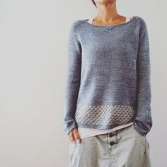 Llevant. ....out now Hope you enjoy! (www.ravelry.com/patterns/library/llevant) #isabellkraemer #lilalu #newdesign #knittersofinstagram #newpullover #knittingdesign #wooloffame #llevantpullover