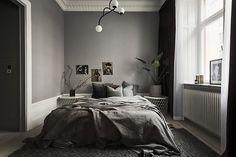 Home decor bedroom Dark Gray Bedroom, Bedroom Green, Bedroom Colors, Home Decor Bedroom, Trendy Bedroom, Modern Bedroom, Bedroom Small, Swedish Bedroom, Bedroom Color Combination