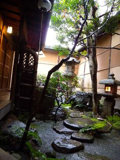Enjoy your stay and food at guesthouse ryokan KINGYOYA in Kyoto Japan