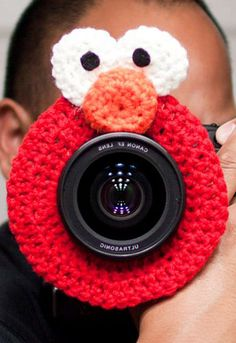 """""""Lens Buddy"""" Elmo!!!  AHHH!!!  Too cute!  A must have for us child photogs!!!"""