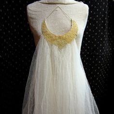 Vintage Beaded Wedding Veil 1950s Ivory and by GreenLeavesBoutique, $30.00   THIS ONE!