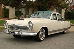 Kaiser Manhattan Sedan 1954.
