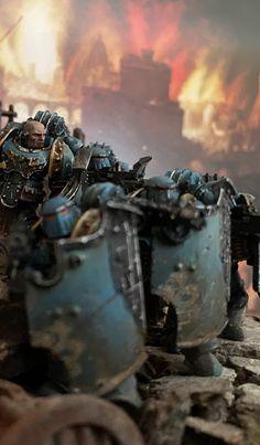 Warhammer Art, Warhammer 40k Miniatures, Warhammer 40000, Sons Of Horus, The Horus Heresy, Space Marine, Dieselpunk, Emperor, Gw