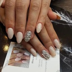 Simple Nude Toned with Silver Diamond Accent Classy Nail Designs, Pretty Nail Designs, Nail Art Designs, Diamond Nail Designs, Diamond Nails, Diamond Design, Diamond Jewelry, Nude Nails, Acrylic Nails