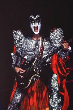 Banda Kiss, Kiss Stories, Kiss Songs, Kiss Group, Kiss World, Gene Simmons Kiss, Kiss Tattoos, Kiss Me Love, Eric Carr