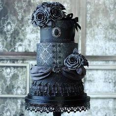 """""""Amazing Victorian Gothic Wedding Cake by Tamara from Sweetlake Cakes! ♥ ♥ ♥ #yum #gothiccake #weddingcake #cakeartist #talent"""""""