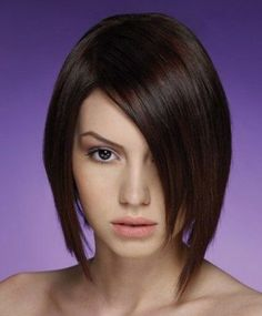 Asymmetric Short Bob Hairstyle