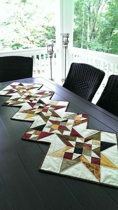 Fall Star Quilt for Autumn Thanksgiving Table Runner Wall Hanging in Primitive Colors Red Gold Green