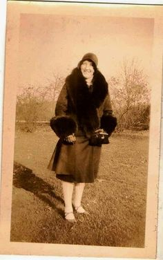 Antique photograph woman in flapper hat & fur coat Selling on ebay