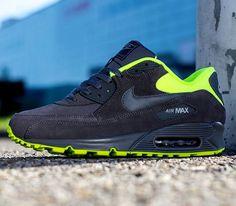 Nike Air Max 90 Essential – Dark Grey / Volt – Medium Grey