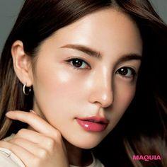 Tips And Techniques For easy makeup tips – Easy Makeup Techniques – Easy Makeup Techniques Korean Makeup Look, Korean Makeup Tips, Korean Makeup Tutorials, Asian Makeup, Makeup Inspo, Makeup Trends, Makeup Inspiration, Beauty Makeup, Hair Makeup