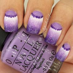 This is a remake of a mani I did like 40 weeks ago! But this time I did it in purple and not pink I used Alpine snow, Do you lilac it? and Can't let go, all from OPI /Elli