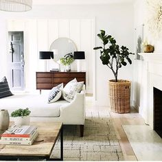 Living room remodel tips; Take A Look At These Easy Home Interior Tips Living Room Remodel, Home Living Room, Apartment Living, Living Room Designs, Living Room Decor, Living Spaces, Cozy Apartment, Living Room Inspiration, Home Decor Inspiration
