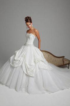 Huge Ball Gown Wedding Dresses   ball gown straplss beaded bodice huge draped skirt wedding dress ...