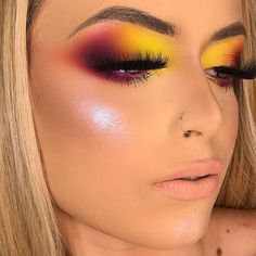 makeup and lipstick much to charge for eye makeup eye makeup rem… – Eye make-up Makeup Eye Looks, Beautiful Eye Makeup, Eye Makeup Art, Colorful Eye Makeup, Cute Makeup, Glam Makeup, Pretty Makeup, Skin Makeup, Eyeshadow Makeup
