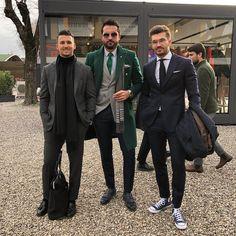 "Gefällt 4,789 Mal, 72 Kommentare - Tufan İrfan (@tufanir) auf Instagram: ""Pitti'93 day one. With my stylish bros @sandro & @justusf_hansen  - #pittiuomo #pittiuomo93…"""