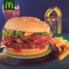 McDonald's delivery? Sì, si può! - Cibo fast e Take away non sono più la nuova frontiera del mondo food: oggi è il delivery a spopolare. Per questo anche McDonald's si adegua ed è subito McDelivery! - Read full story here: http://www.fashiontimes.it/2017/03/mcdonalds-delivery-si-si-puo/