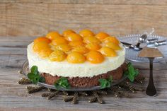 Cake with cream cheese and peaches   Violet Pasat, food & photography Full recipe