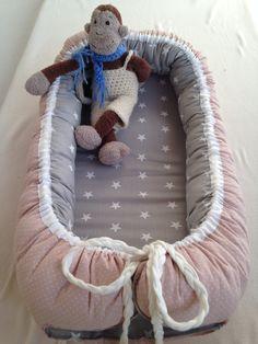 Babynest grau mit Sternen altrosa