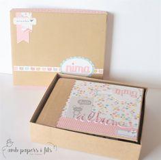 """Mini album baby Amb Papers i Fils: Mini Album """"Nima"""" Paper Bag Scrapbook, Photo Album Scrapbooking, Mini Scrapbook Albums, Mini Albums, Baby Mini Album, Baby Girl Scrapbook, Cricut Cards, Album Book, Mini Books"""