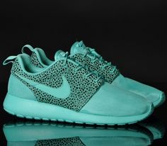 Nike Roshe Run – Crystal Mint