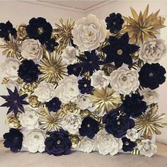 29 Trendy Ideas for wedding backdrop indian paper flowers Large Paper Flowers, Paper Flower Wall, Tissue Paper Flowers, Paper Flower Backdrop, Giant Paper Flowers, Diy Flowers, Flower Decorations, Fabric Flowers, Wedding Decoration