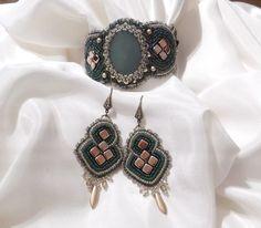 130 LEI | Seturi handmade | Cumpara online cu livrare nationala, din Bucuresti. Mai multe Bijuterii in magazinul Gabileria pe Breslo.