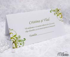 "Plic de bani cu model floral verde ""Fairy Garden"". Place Cards, Place Card Holders, Floral, Fairy, Garden, Model, Florals, Gardens, Tuin"