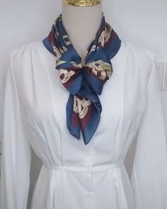 Ways To Tie Scarves, Ways To Wear A Scarf, How To Wear Scarves, Scarf Knots, Diy Scarf, Lace Scarf, Scarf Wearing Styles, Scarf Styles, Mode Outfits