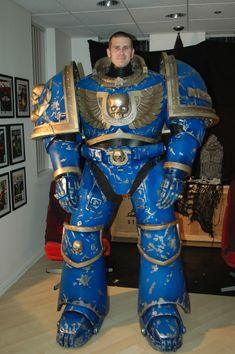 costume foam build Warhammer 40K Space Marine Full Scale - New at this (WIP…