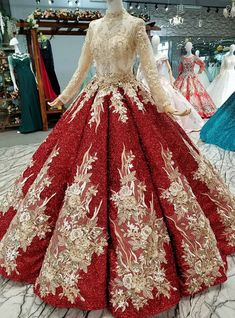 long prom dresses - Red Slim Simple Luxurious and Longtailed Wedding Dress Pretty Dresses, Beautiful Dresses, Bridal Dresses, Prom Dresses, Red Ball Gowns, Haute Couture Fashion, Quinceanera Dresses, Bridal Lehenga, Dream Dress