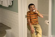 Tonight on ABC, THE MIDDLE's season comes to an end with back to back brand new episodes that find my favorite family heading to Orlando (by way of North Carolina? Atticus Shaffer, The Middle, Favorite Tv Shows, Brand New, Seasons, Top, Seasons Of The Year, Crop Shirt, Shirts