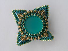Catrina jewels: My geometric pendant.