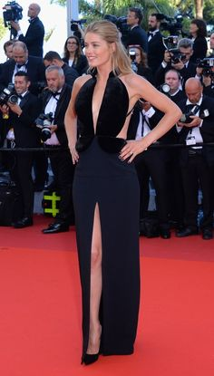 Cannes 2016 has had some absolutely breathtaking red carpet gowns - click for pictures of our favorites (including beautiful dresses spotted on Doutzen Kroes, Eva Longoria, Blake Lively, Jessica Chastain, and more).