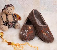 1534a2a8a22c Home Brown felt wool slippers with embroidery flowers for women - a cozy  gift for her