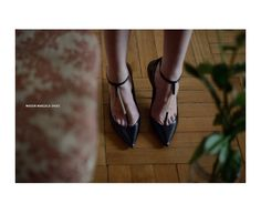 Shoes: MAISON MARGIELA