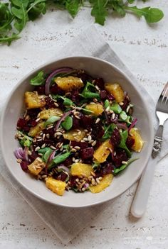 Beetroot and orange salad Orange Salad, Polish Recipes, Beetroot, Kung Pao Chicken, Grilling, Lunch Box, Food And Drink, Cooking Recipes, Healthy