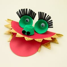 Paper Plate Dragon Craft Instructions - what a fab idea for a Chinese New Year craft activity!