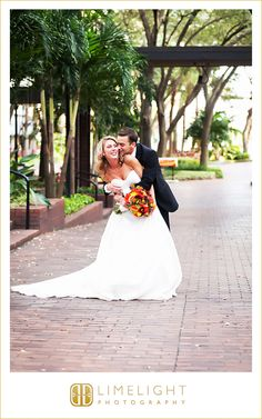 Hilton Tampa Downtown, 11.7.15, Wedding Day, Bride and Groom, Laughing Bride, Wedding Day Poses, Love, Fall Florida Wedding, Limelight Photography, www.stepintothelimelight.com
