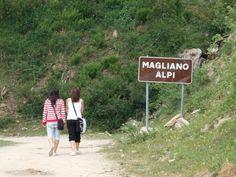 """Magliano Alpi , banda di """"campanellari"""" scappa senza pagare il conto dell'albergo   Report Campania"""